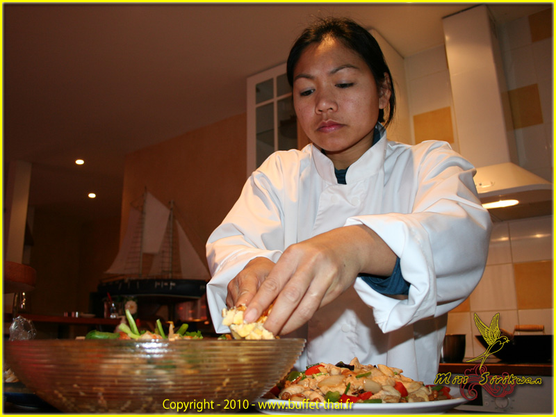 miss-sirikwan-chef-thai-1