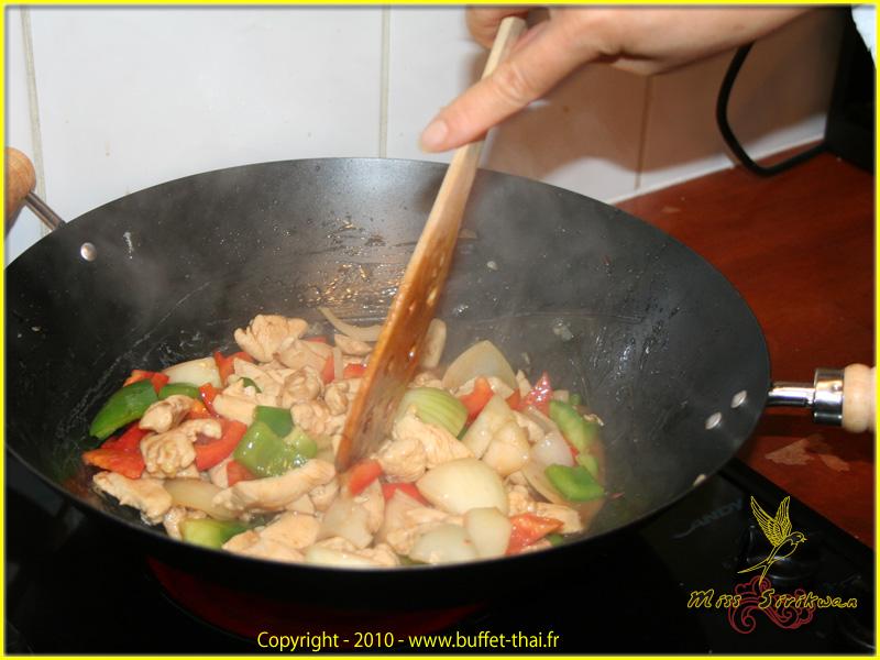 miss-sirikwan-preparation-repas-3