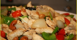 miss-sirikwan-fried-chicken-cashewnuts